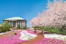 満開の桜が美しい「かすかべ東霊園」のエントランス